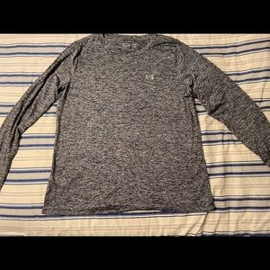 Static style Under Armor Long Sleeve
